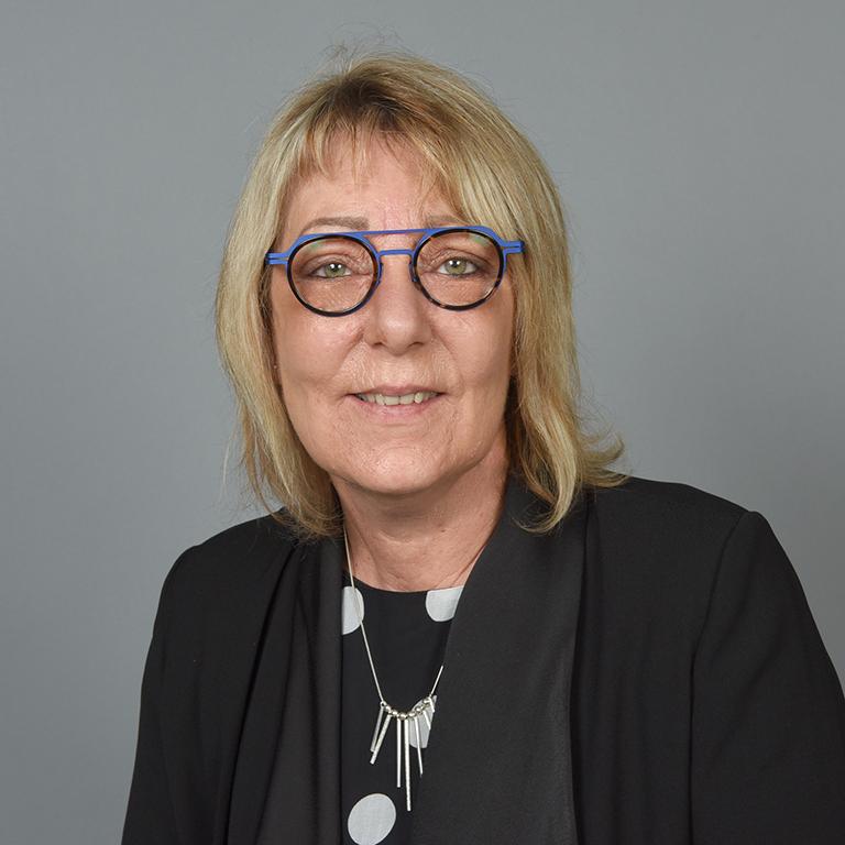 Valérie JANKOWSKI